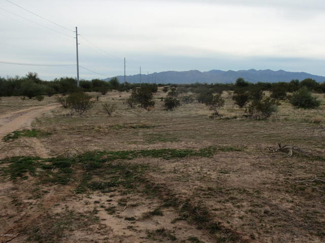 30-xxx North Crozier Road Wittmann, AZ 85361