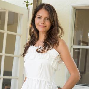 Elizabeth Padilla,                     Agent in Los Angeles - Compass