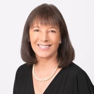 Cindy Reichert,                       Agent in Dallas-Fort Worth - Compass