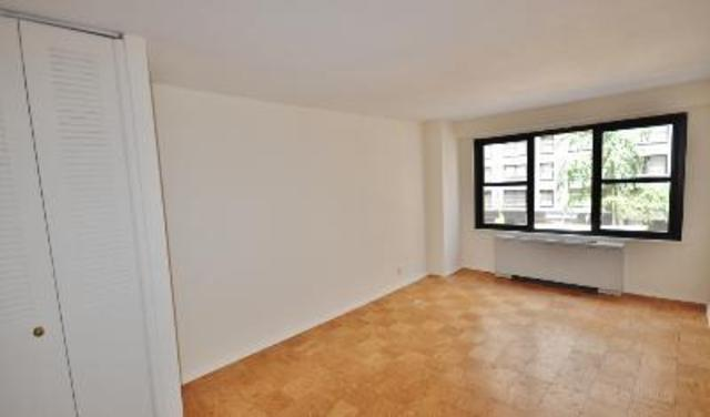 220 East 57th Street, Unit 3E Image #1
