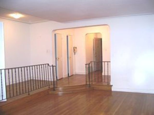 222 East 35th Street, Unit 1D Image #1