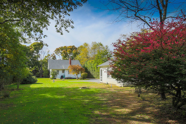 93 Meeting House Lane Amagansett, NY 11930