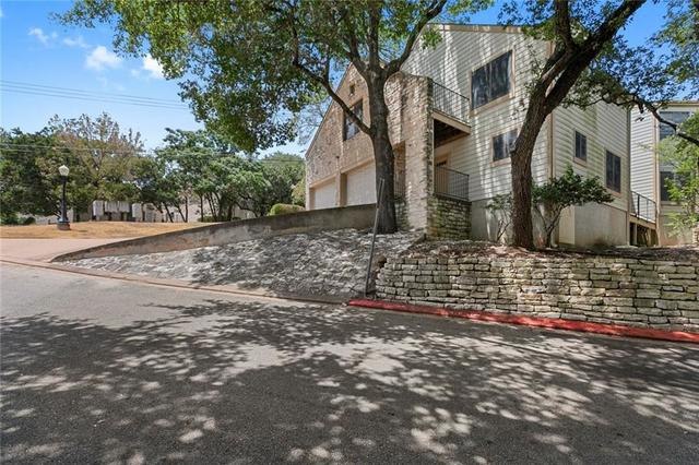 9201 Simmons Road, Unit 113 Austin, TX 78759