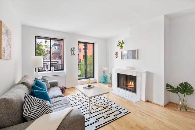167 Perry Street, Unit 5H Manhattan, NY 10014