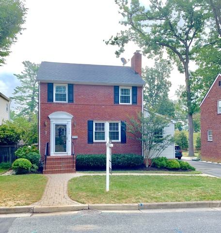 129 North Oakland Street Arlington, VA 22203