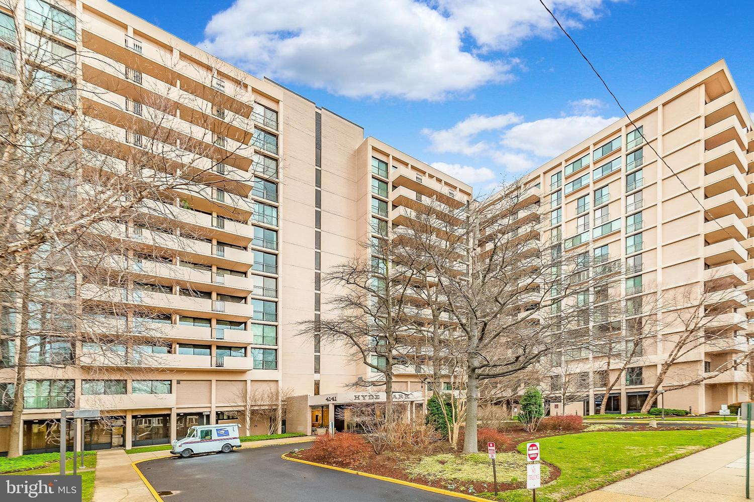 4141 North Henderson Road, Unit 313 Arlington, VA 22203