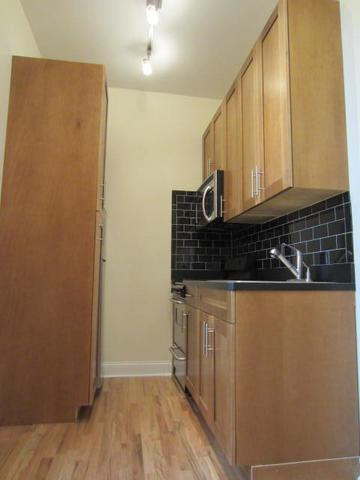 110 Christopher Street, Unit 35 Image #1