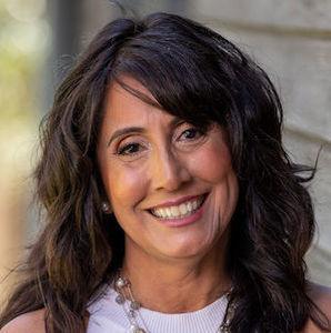Headshot of Sylvia Alvarez Goupil