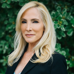 Lauren Rauschenberg,                     Agent in Los Angeles - Compass
