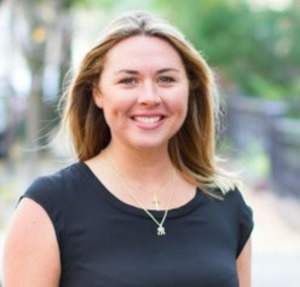 Claire McFeely,                     Agent in NYC - Compass