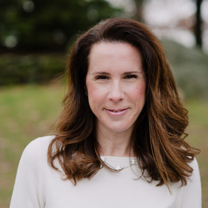 Marla Striar,                       Agent in Westchester, NY - Compass