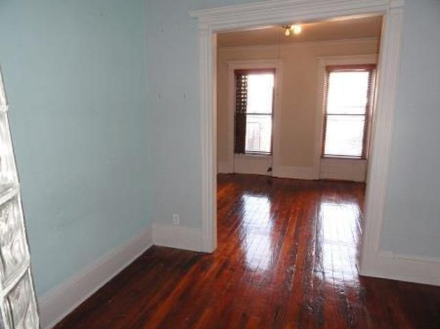 227 West 15th Street, Unit 19 Image #1