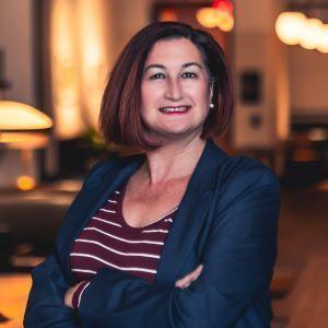 Suzanne DesMarais