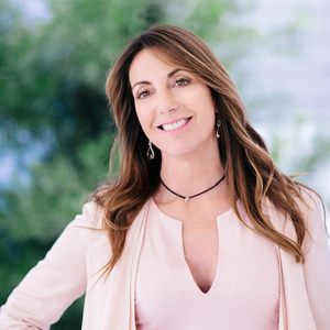 Jody Clegg,                     Agent in Los Angeles - Compass