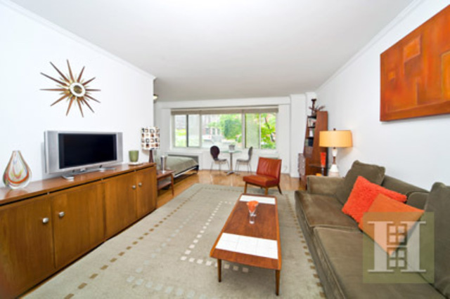 400 Central Park West, Unit 2F Image #1