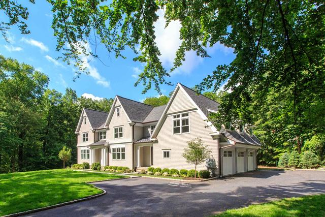 72 Deepwood Road Darien, CT 06820
