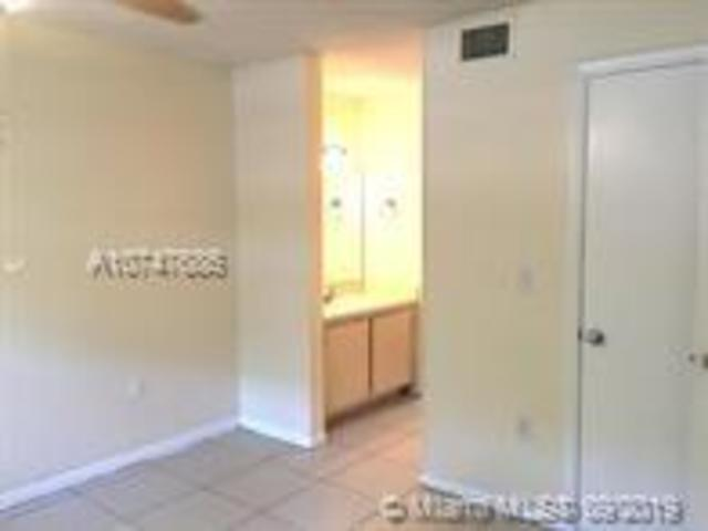 421 Southeast 10th Street, Unit A101 Dania Beach, FL 33004