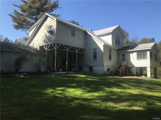 994 Ulster Heights Road Ellenville, NY 12428