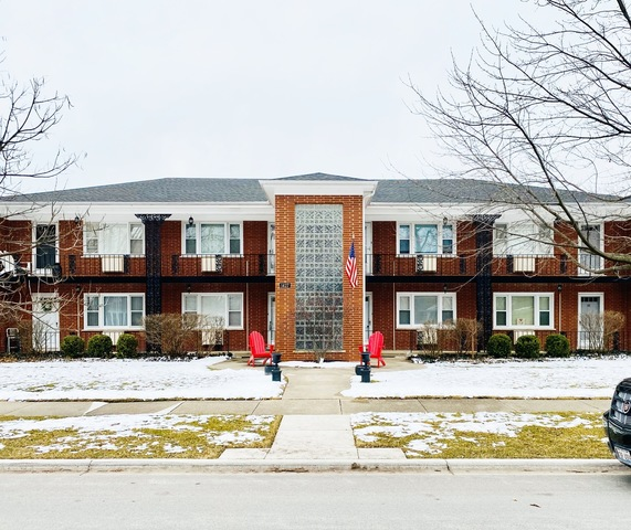 1427 Homestead Road, Unit G La Grange Park, IL 60526