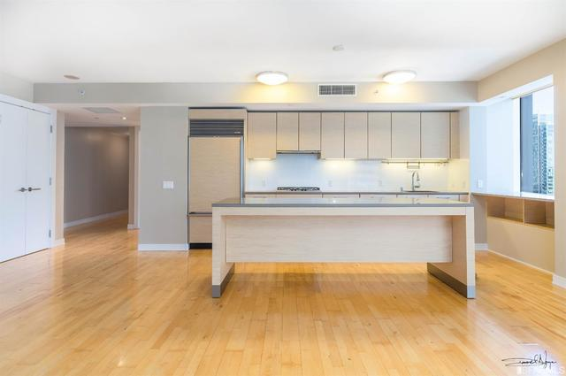 301 Mission Street, Unit 24A San Francisco, CA 94105