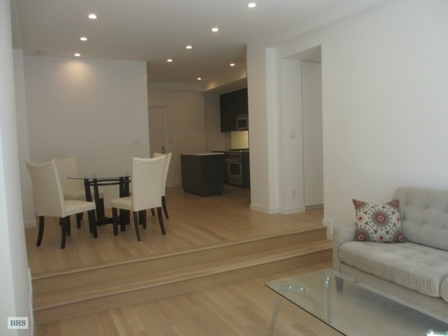 25 Central Park West, Unit 19U Image #1