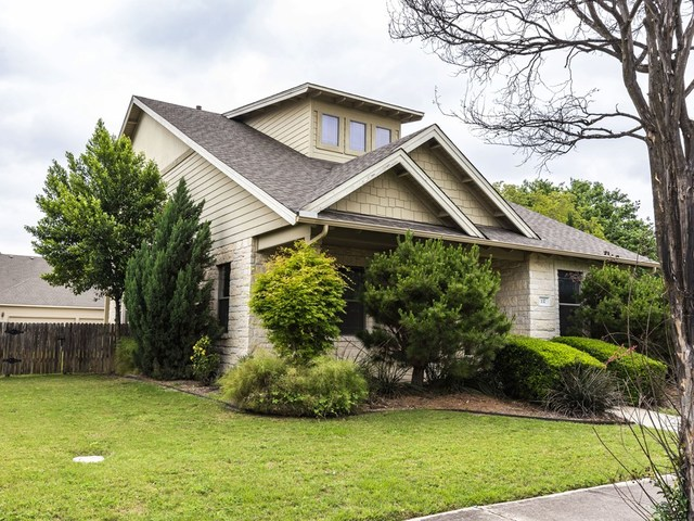137 Fairfield Court Georgetown, TX 78633