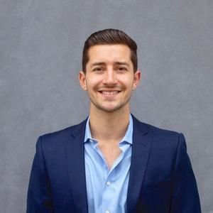 Matt Adamo,                       Agent in Los Angeles - Compass