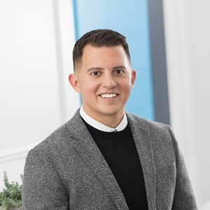 Chris Gonzales,                       Agent in Greater Boston - Compass
