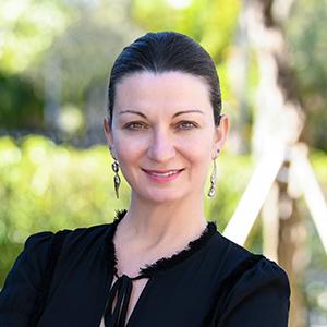 Yelda Payzin, Agent in Miami - Compass