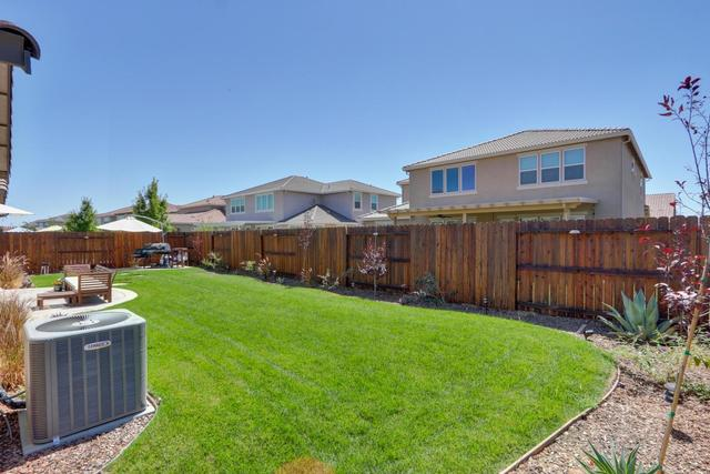 7185 Castle Rock Way Roseville, CA 95747