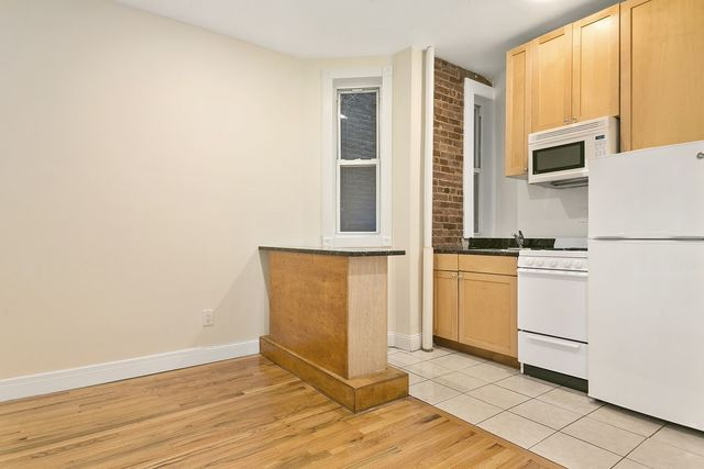 714 9th Avenue, Unit 1D Image #1