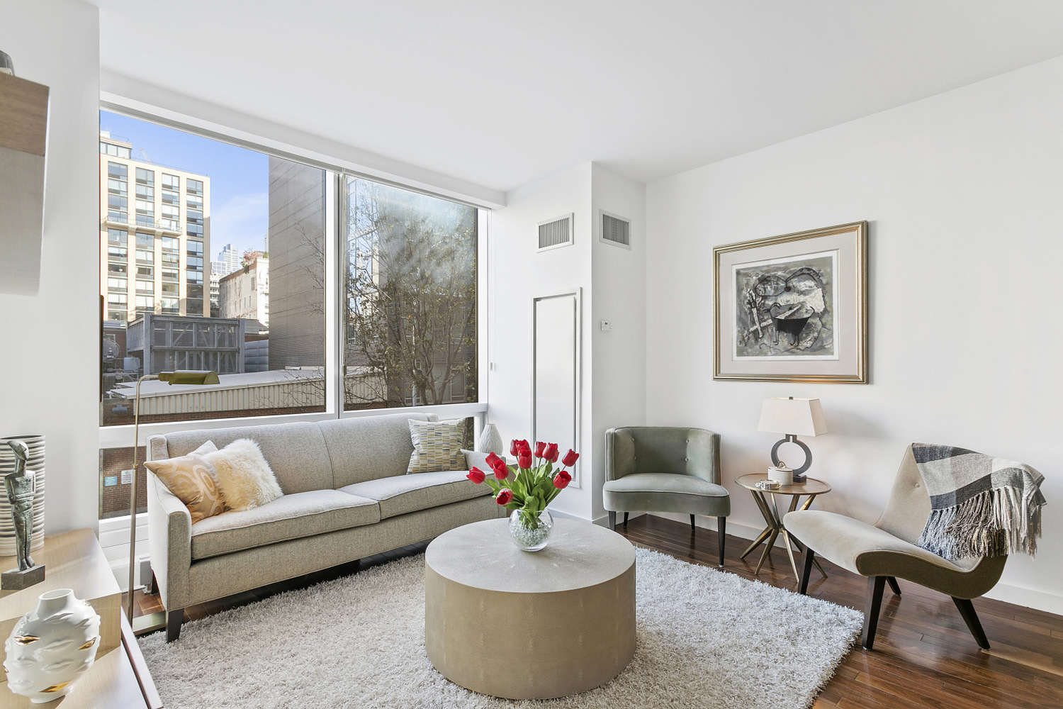 166 West 18th Street, Unit 2D Manhattan, NY 10011