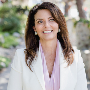 Lisa Hadzicki,                     Agent in San Diego - Compass