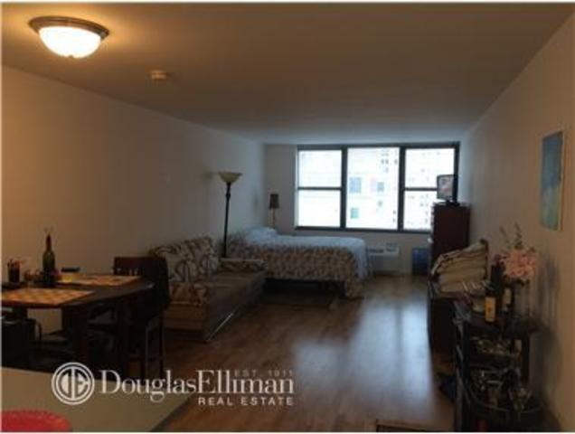 355 South End Avenue, Unit 15H Image #1