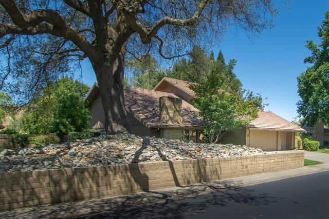 11689 Melones Circle Gold River, CA 95670