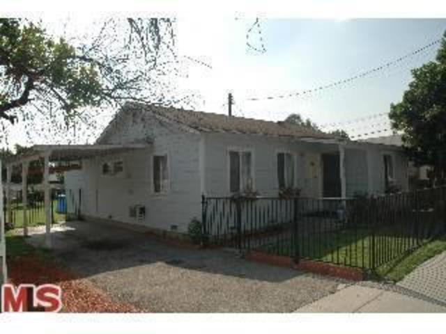 3839 East Merced Avenue Image #1