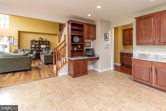 2 Maple Glen Court Swedesboro, NJ 08085