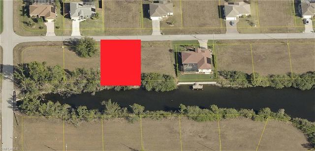 852 Northeast 6th Avenue Cape Coral, FL 33909