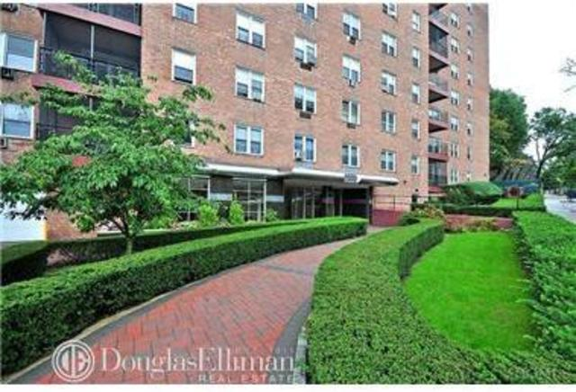 5550 Fieldston Road, Unit 8I Image #1