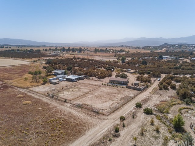 54682 Holt Lane Anza, CA 92539