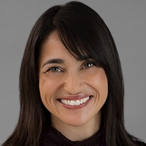 Amanda Mulholland,                     Agent in San Francisco - Compass