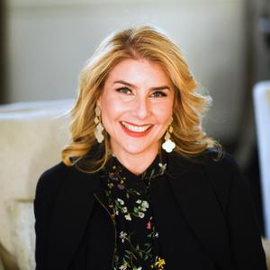 Angela Retelny