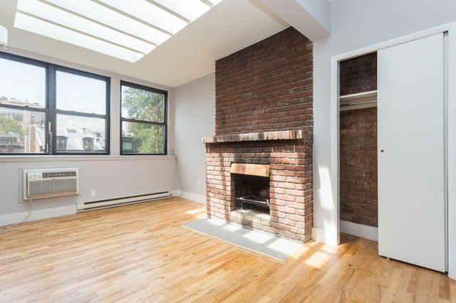 326 West 23rd Street, Unit 4R Image #1