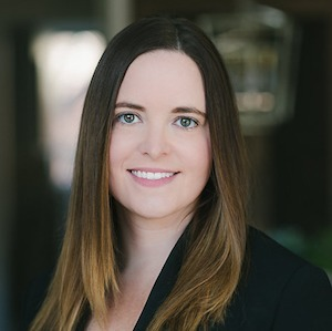 Katie Rienbolt,                     Agent in Chicago - Compass