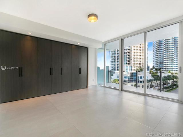 1 Collins Avenue, Unit 605 Miami, FL 33139