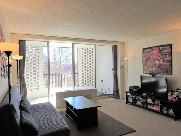 33 Pond Avenue, Unit 521 Image #1