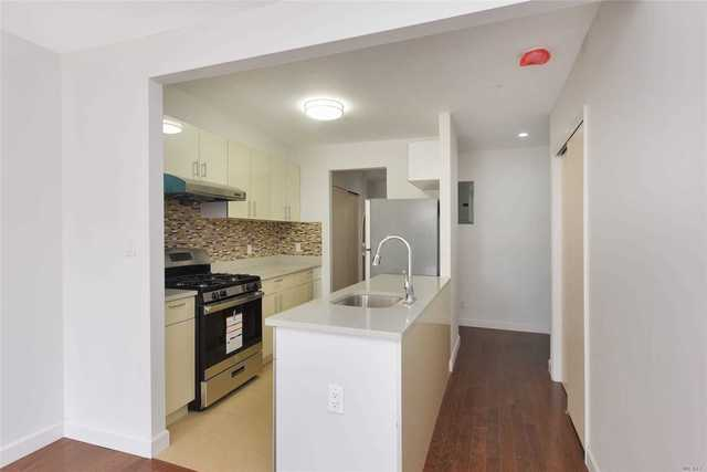 22-30 College Point Boulevard, Unit 2E Queens, NY 11356
