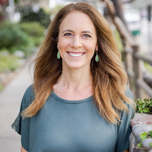 Laura Cox,                       Agent in San Diego - Compass