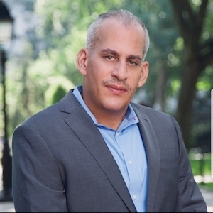 Jorge Santiago, Agent in NYC - Compass