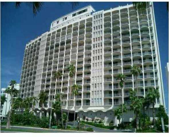 5401 Collins Avenue, Unit 1426 Image #1